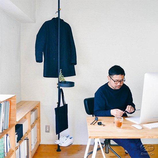 スモールオフィスや玄関での利用をさらに便利に。お部屋を飾るプランターのために。新しいアクセサリーを追加しました。空間を便利に使い、モノの一時収納と置き場所を与えてくれる。あなたの部屋に一本の線を引くように。
