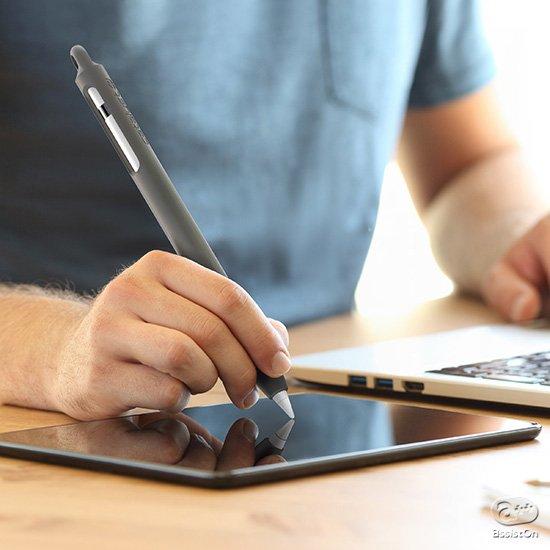あなたのApple Pencilを守って使いやすく、そしてきちんと携帯する。Lightningコネクタの収納もきちんと考えて作りました。