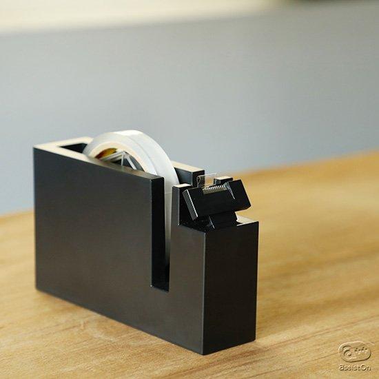 お客さまのおもてなしに。セロテープの「タブ」作りを、手早く、美しく。お客様が剥がしやすいタブを効率よく自動で出来る新しいテープカッター。