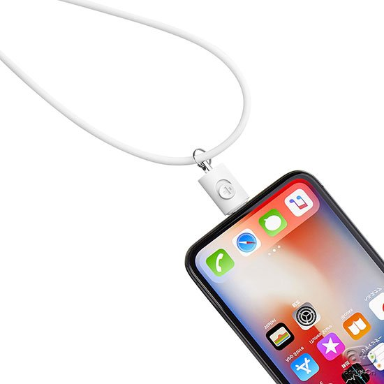 iPhoneの落下を防いでくれる決定版です。Lightningコネクタを利用して、着脱も簡単、ネックストラップにも、ハンドストラップとしても。